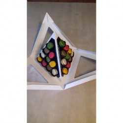 Pyramide 30 macarons sucrés