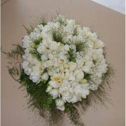 Bouquet de mariée rond de freesia